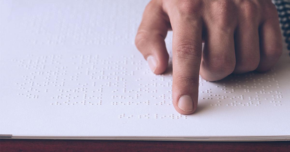 Divulgada nova lista de livros em braille disponíveis para instituições que atendem pessoas com deficiência visual